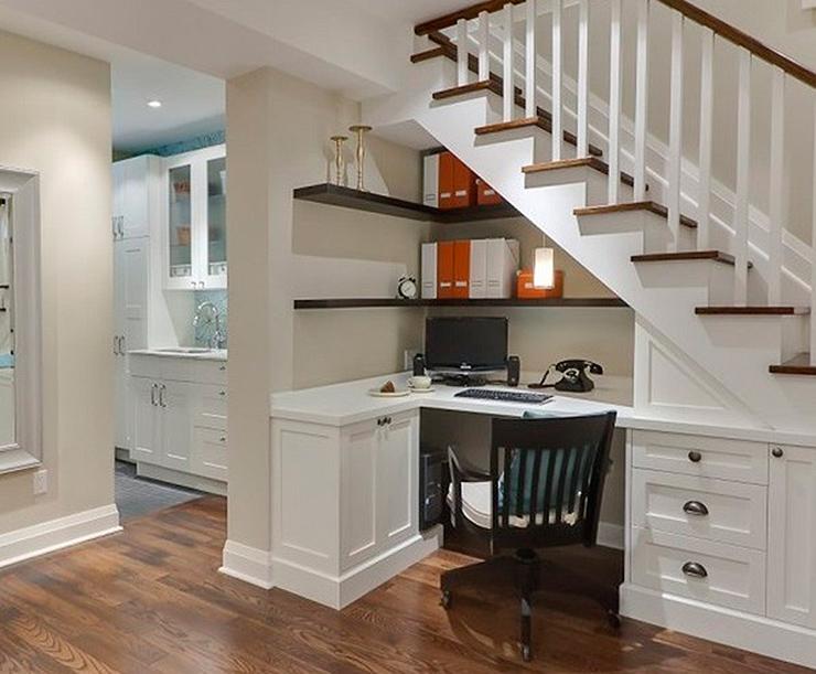 ideas para convertir el espacio bajo la escalera en una cocina