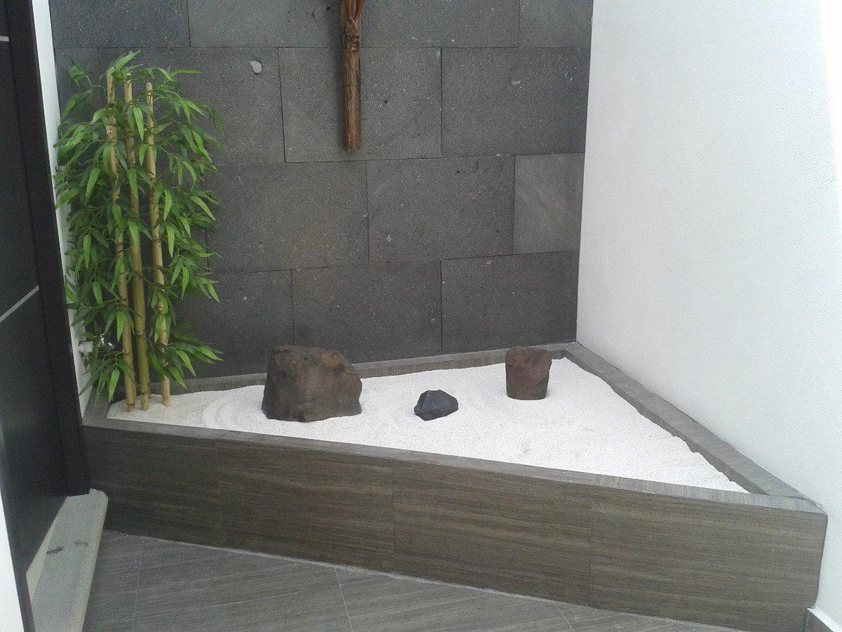Decorando con estilo zen el club hipotecario for Jardines de pared para interiores